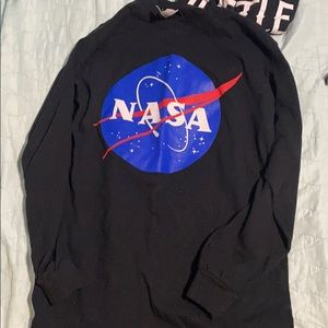 Tops - NASA graphic tee